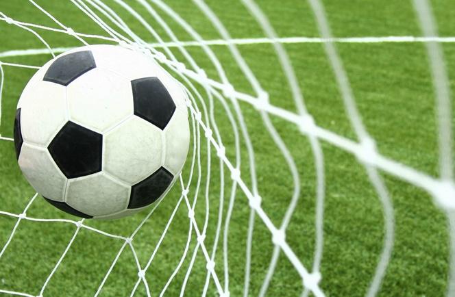 """Clubs de foot : Suite et """"non"""" fin du ratage continental"""