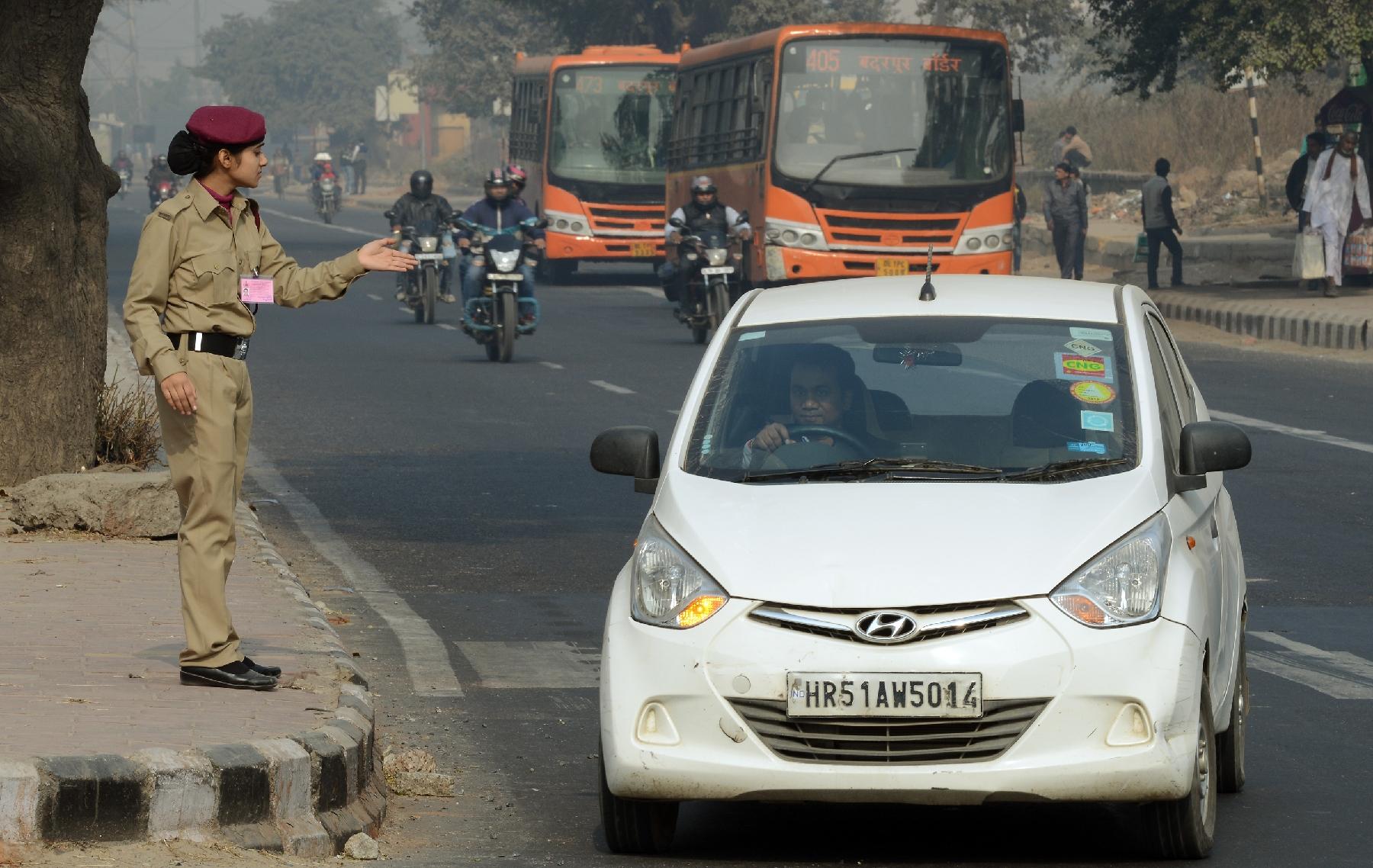 Les habitants de Delhi invités à s'impliquer dans la circulation alternée