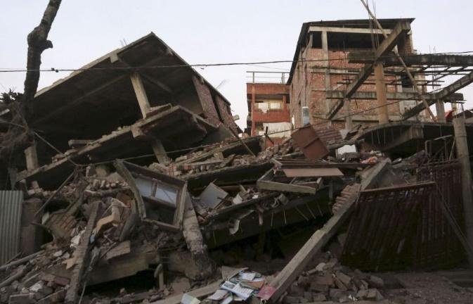 Un puissant séisme dans le nord-est de l'Inde tue huit personnes