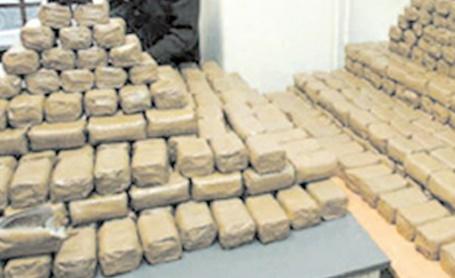 Neuf gendarmes impliqués dans un trafic de drogue