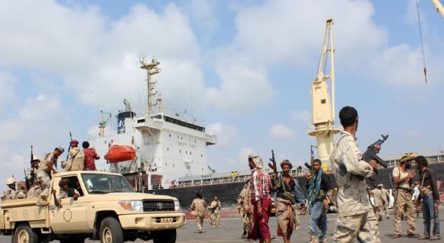 Les forces yéménites  prennent une ville portuaire aux rebelles