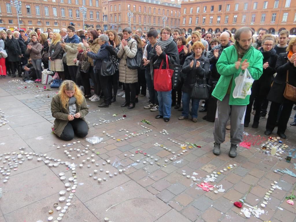 Cérémonie à Paris en hommage aux 149 victimes des attentats terroristes de Paris