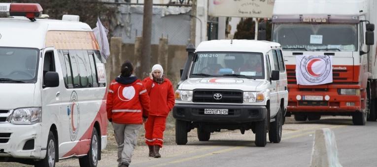 Aide et carburant livrés dans quatre localités syriennes assiégées