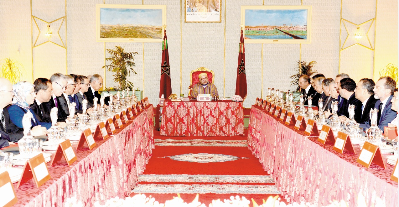 S.M. le Roi préside un Conseil des ministres à Laâyoune