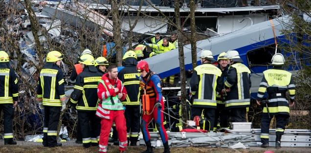 Au moins huit morts dans une collision entre deux trains en Allemagne