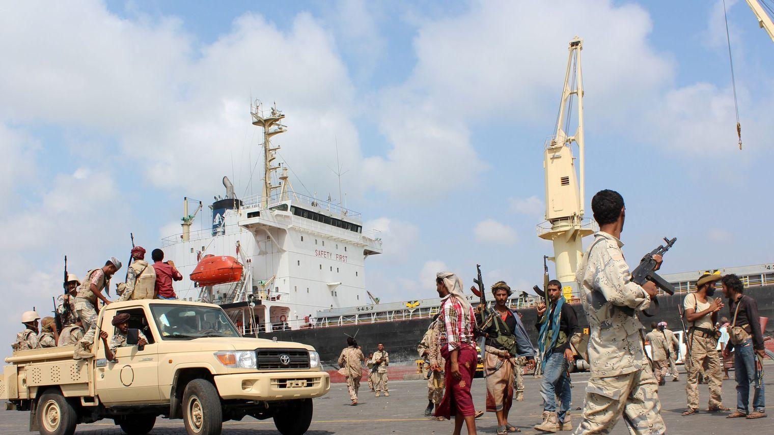 Cinq policiers tués dans  une attaque attribuée  à Al-Qaïda  au Yémen