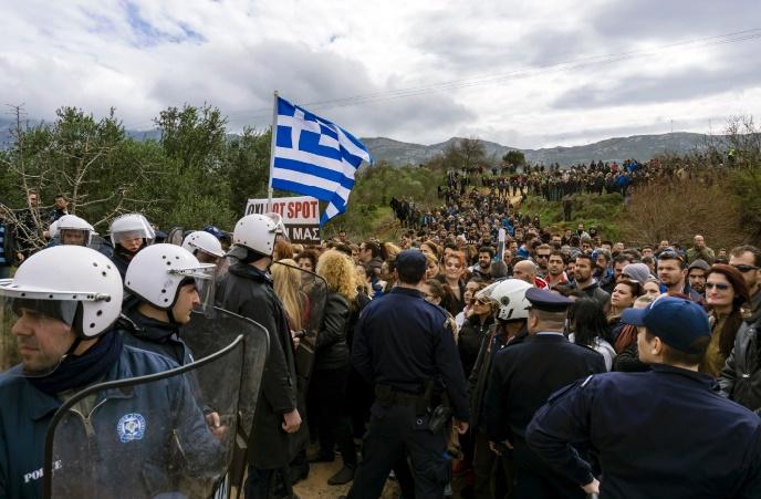 Les hot-spots ouvrent en Grèce en début de semaine