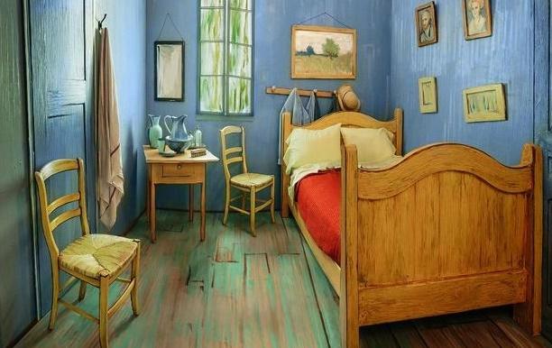 """Insolite : Dormir dans """"La chambre de Van Gogh"""""""