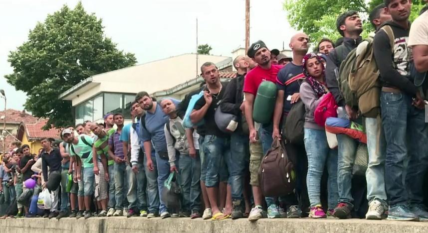 Des milliers de migrants bloqués en Grèce