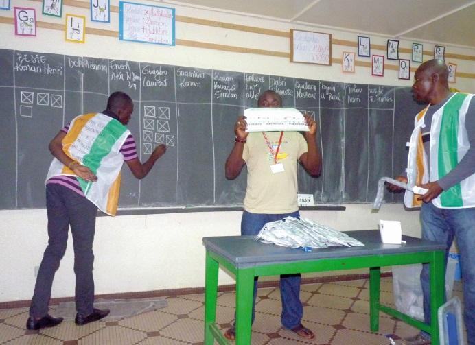 Côte d'Ivoire : Pourquoi faut-il réviser la Constitution ?