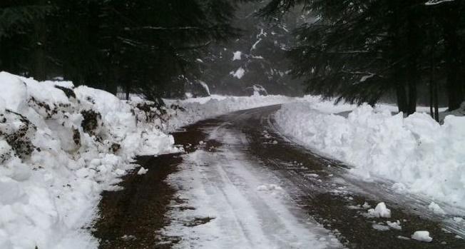 Arrêt temporaire de la circulation au niveau de la route nationale reliant Tétouan et Al Hoceima