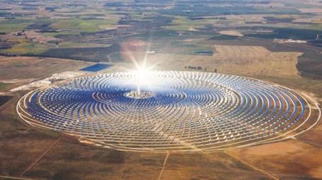 """Le complexe """"Noor"""", fournira de l'électricité aux continents européen et africain"""
