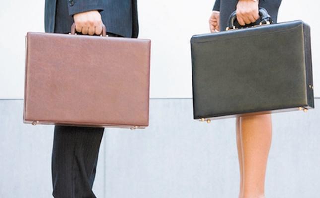 Appel aux gouvernements pour soutenir l'emploi des femmes