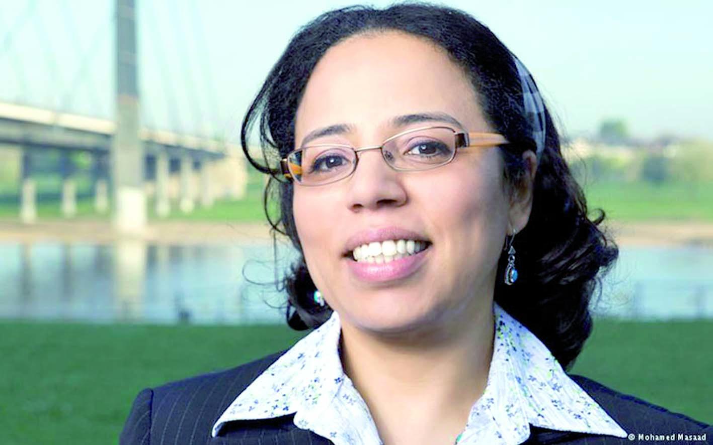 Soraya Moket décorée par le président  allemand de l'Ordre de Mérite