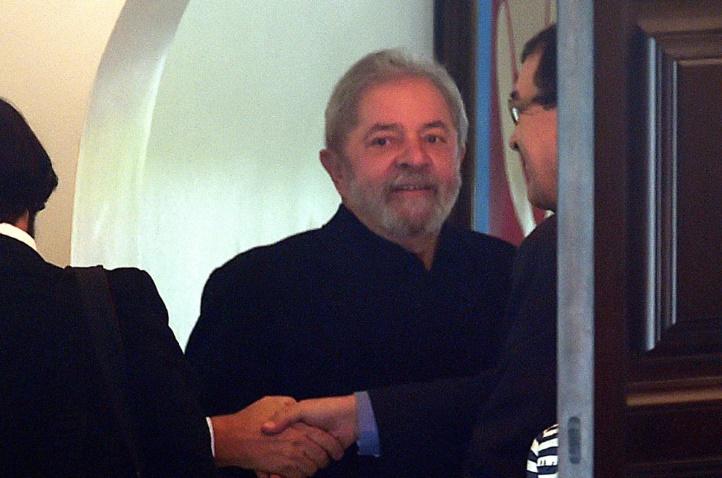 L'ancien président brésilien Lula da Silva mis en examen