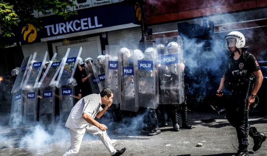 Heurts entre armée turque et militants kurdes à Diyarbakir