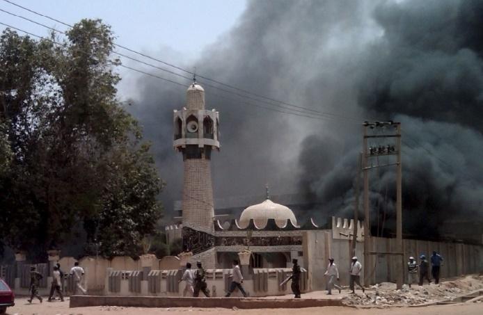22 morts dans un attentat-suicide dans une mosquée  au Nigeria