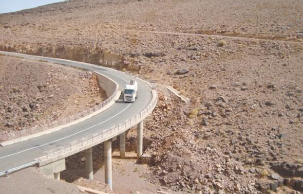 Lancement des travaux de construction du premier jalon sur la voie express Tiznit-Lâayoune-Dakhla