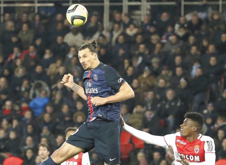 Ibrahimovic confirme les intérêts des clubs anglais