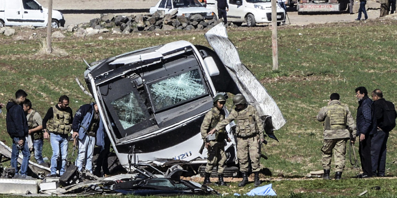 Deux soldats tués et 52 blessés dans un attentat au camion piégé en Turquie