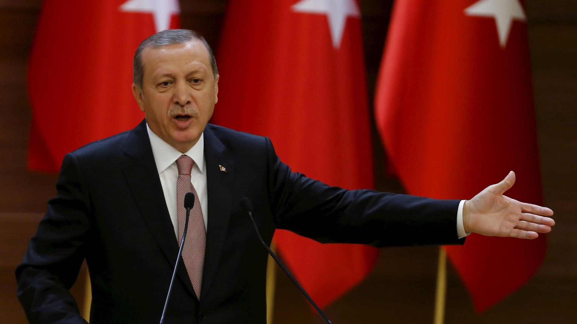 Erdogan exhorte le monde musulman à l'unité contre le terrorisme