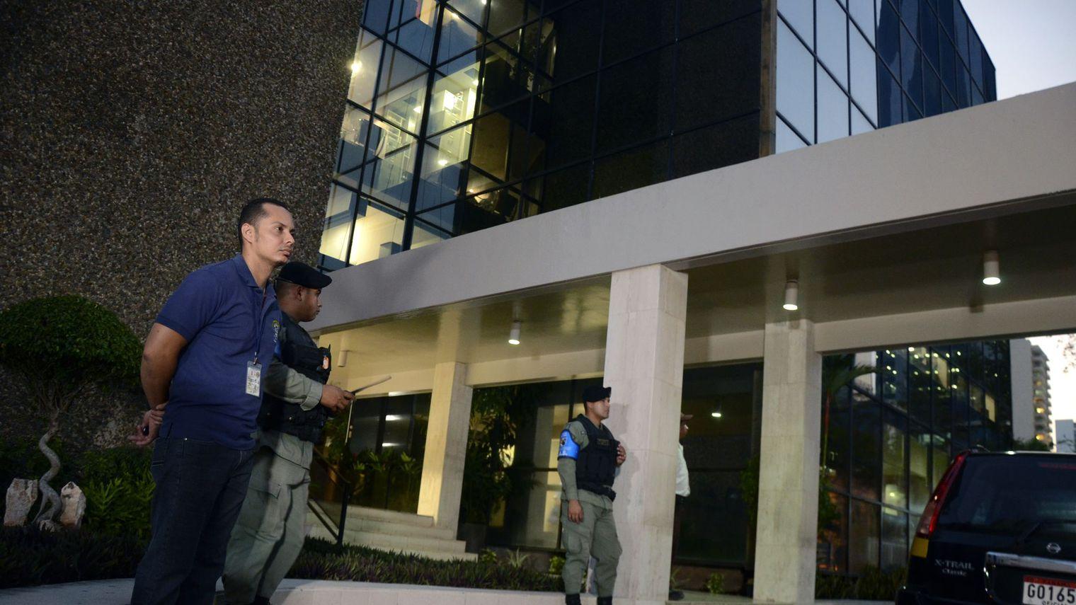 La justice écarte momentanément toute mesure contre Mossack Fonseca