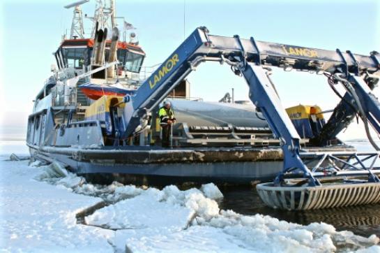 Une marée noire sous la glace, le cauchemar de l'Arctique