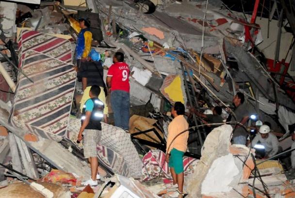 Le bilan du séisme en Equateur continue de s'alourdir