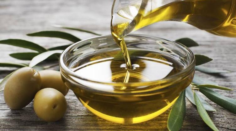 Les huiles végétales réduisent le cholestérol mais pas le risque cardiovasculaire