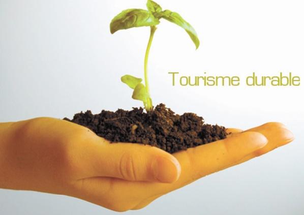 """Vers  l'élaboration d'une """"Charte africaine du tourisme durable""""'"""