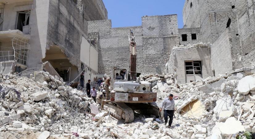 Au moins 9 civils tués dans de nouveaux raids sur Alep