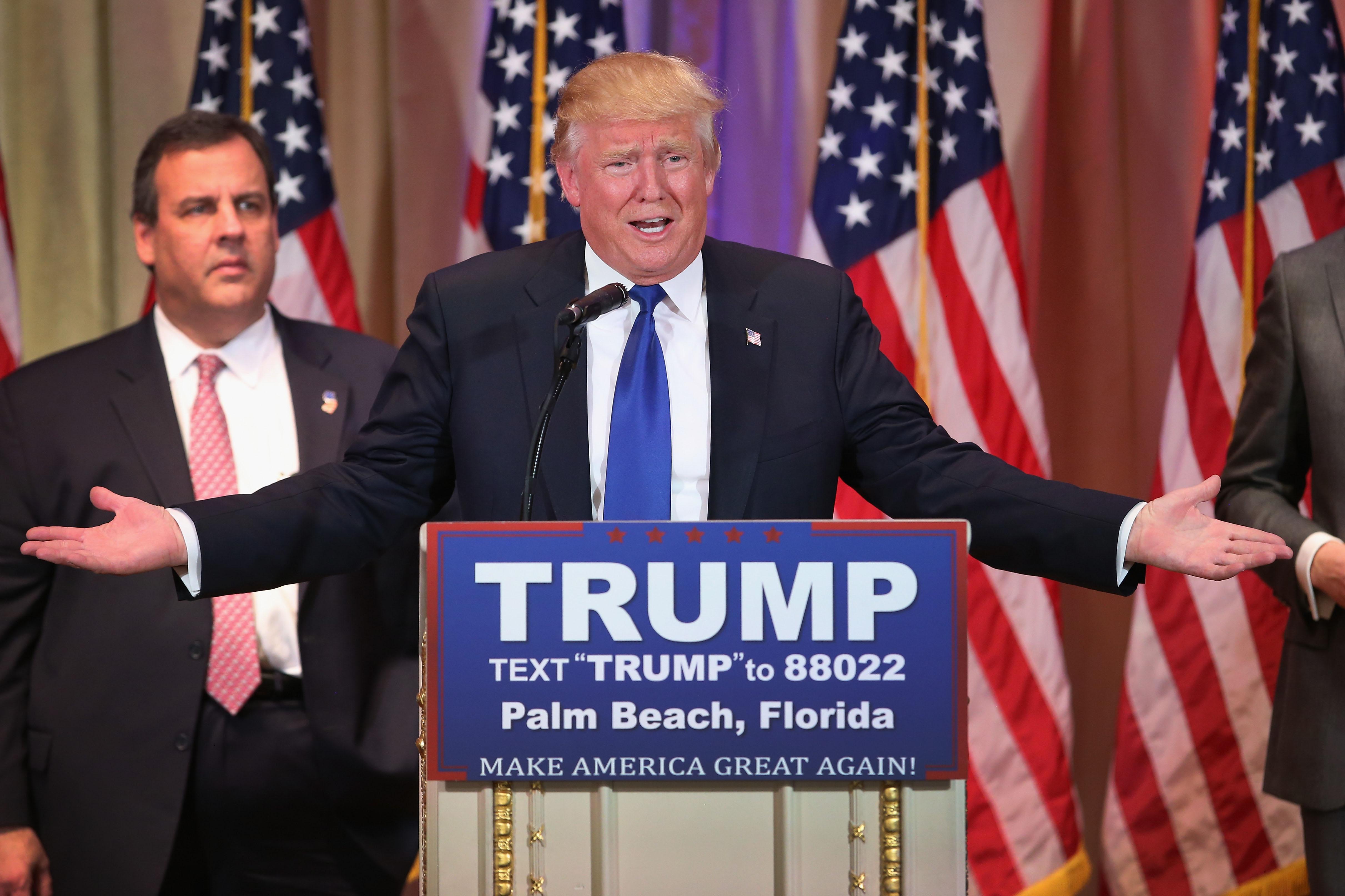 """""""L'Amérique d'abord"""", le slogan de politique étrangère de Donald Trump"""
