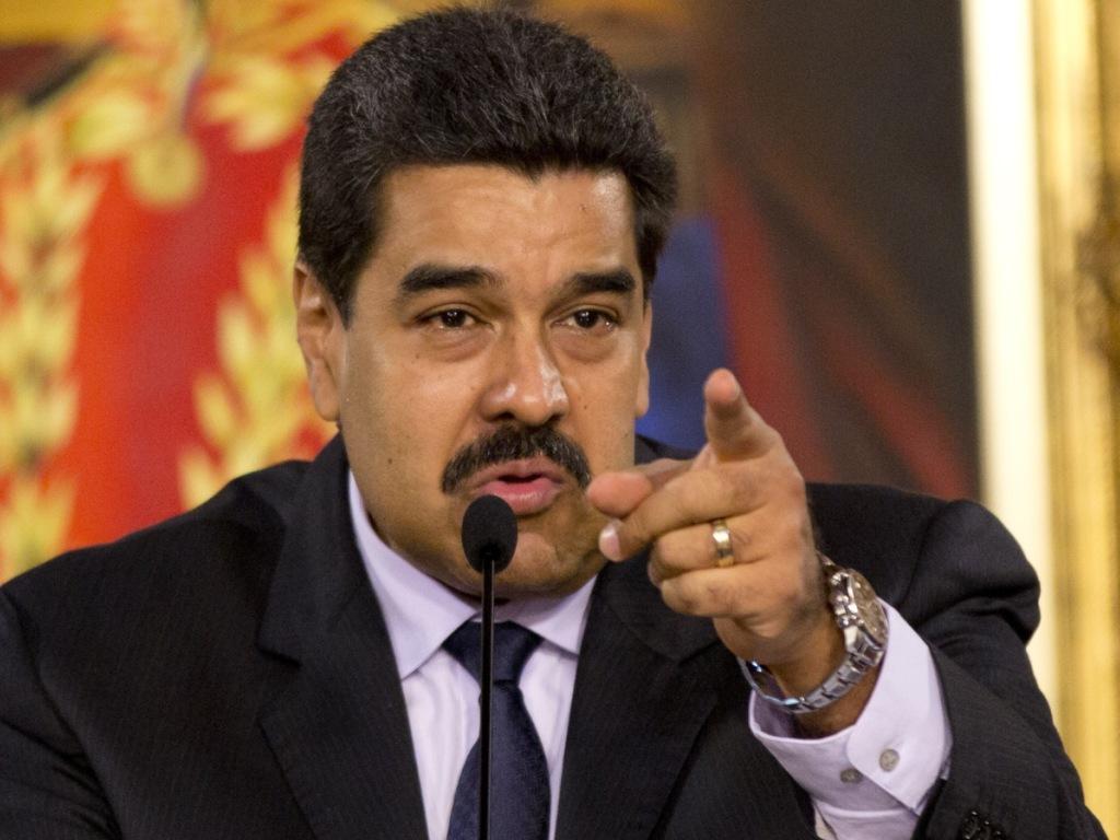 L'opposition rassemble des signatures contre Maduro au Venezuela