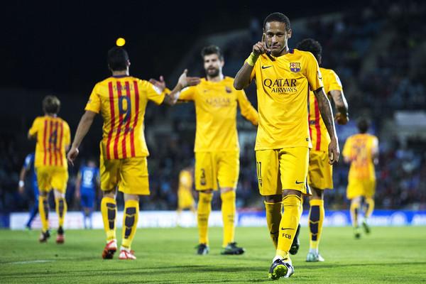 Barça, Atletico et Real ne lâchent rien
