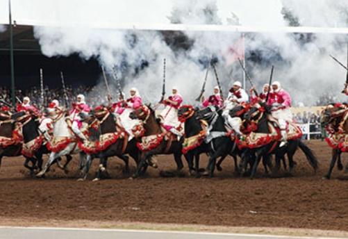 """Trophée Hassan II des arts équestres traditionnels """"Tbourida"""" à Dar Es-Salam"""