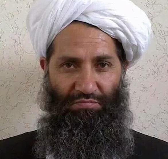 Spéculations autour d'un photo du nouveau chef taliban