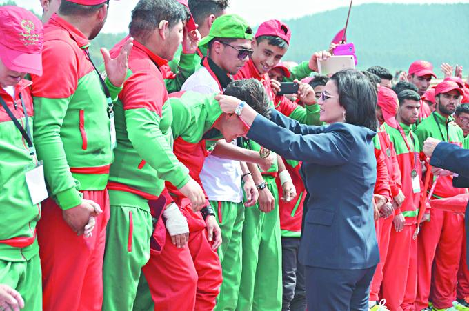 Remise de médailles aux jeunes à besoins spécifiques à Ifrane