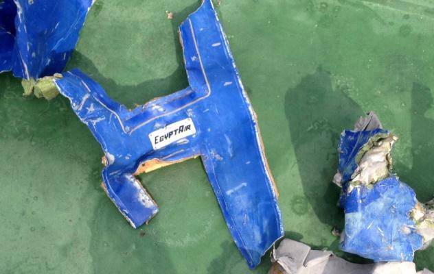 Le signal d'une première boîte noire de l'Airbus A320 d'EgyptAir détecté