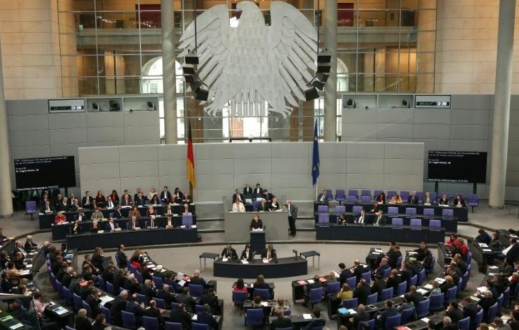 """Les relations entre Ankara et Berlin """"ne vont pas se détériorer totalement"""""""
