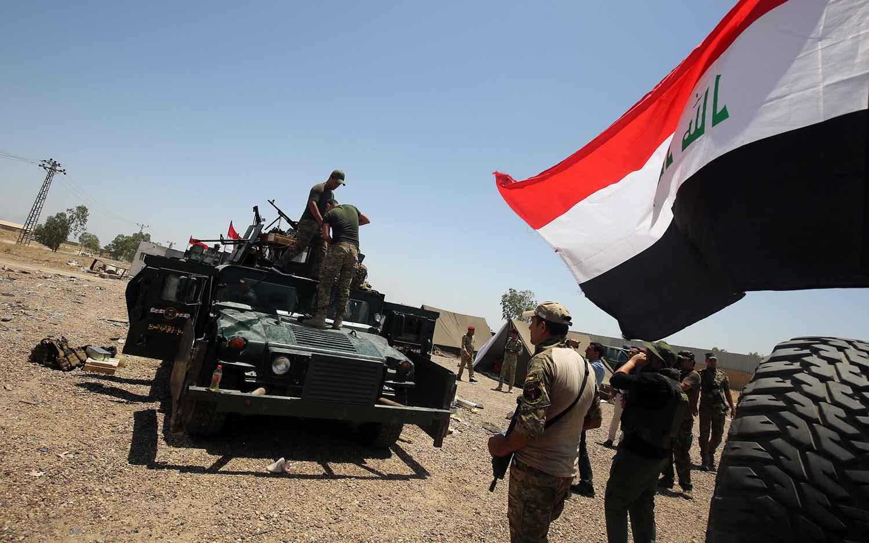 La reprise de Fallouja ralentie par la résistance des jihadistes et la présence de quelque 50.000 civils pris au piège