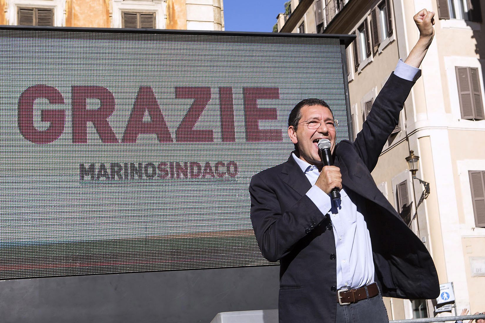 Les municipales italiennes largement favorables au Mouvement Cinq Etoiles