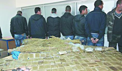 Interpellations d'individus pour leur implication présumée dans le trafic de drogue