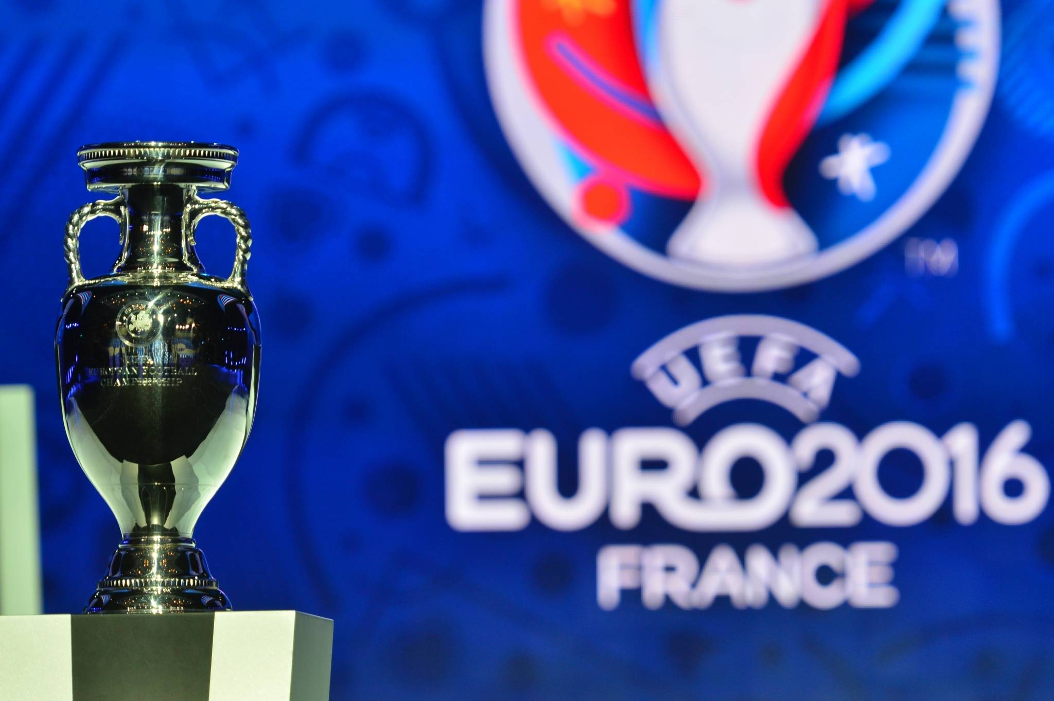 Euro-2016: la fête commence malgré la peur et la pagaille