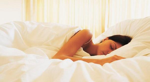 Ces habitudes alimentaires qui perturbent notre sommeil