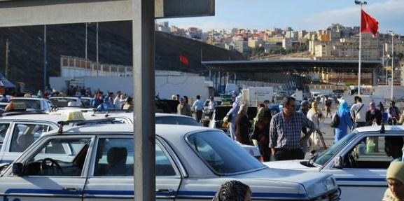 Mise en échec à Bab Sebta d'une tentative de trafic de smartphones et de parfums de contrebande