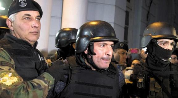 Insolite : Arrestation du politicien millionnaire