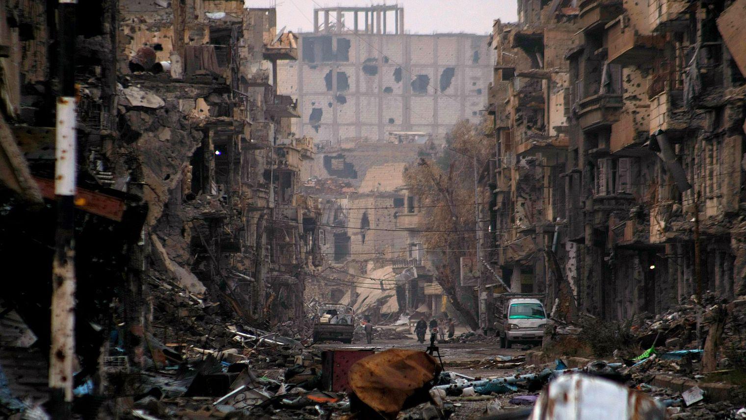 Plus de 80 morts après les raids sur Deir Ezzor en Syrie
