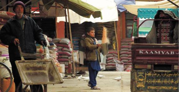 Dans le Nord de l'Afghanistan, la Route de la Soie est au point mort
