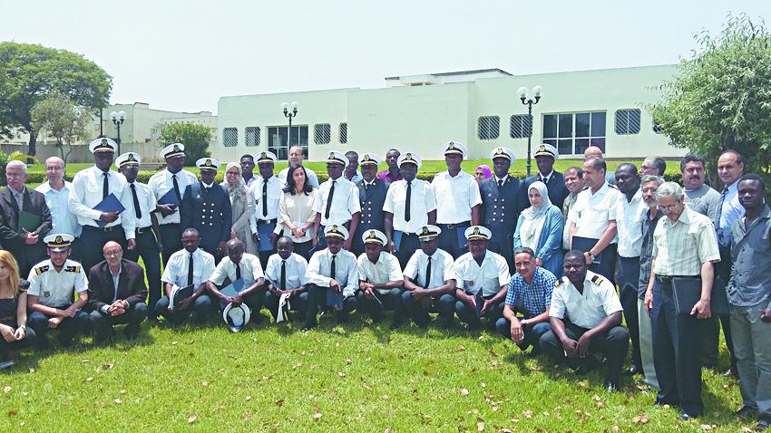 Remise des diplômes à 18 cadres africains formés à l'ISEM