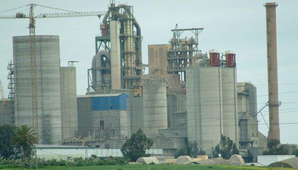 Les actionnaires approuvent à l'unanimité la fusion Lafarge Ciments-Holcim Maroc